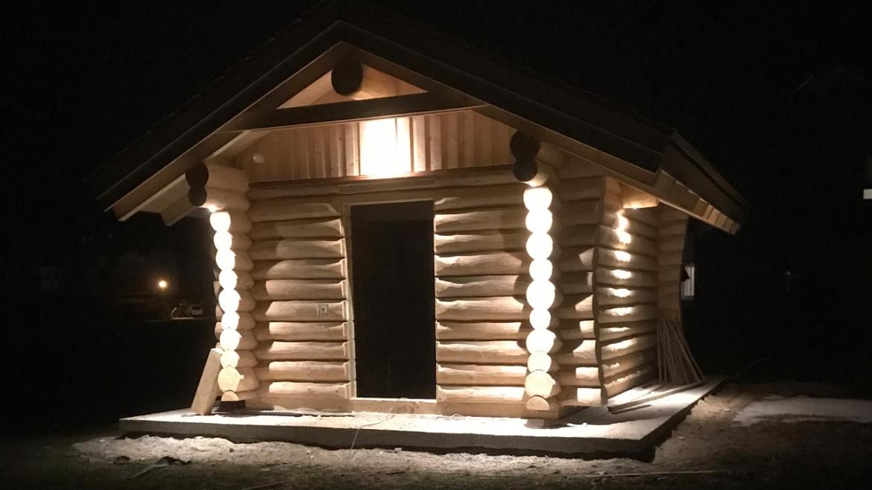 LED Beleuchtung bei einer Gartenhütte im Innviertel